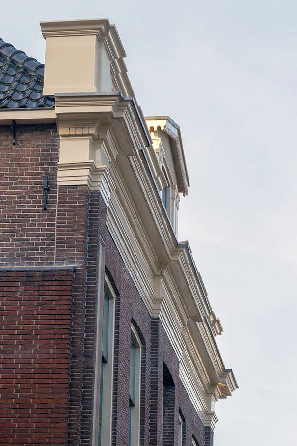 Gemeentehuis-bestjoerhus-Sneek 1.jpg